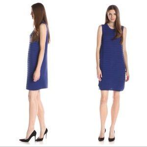 Nic + Zoe scallop shift blue textured knit dress